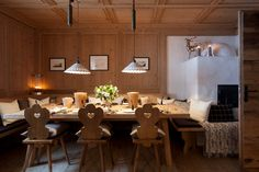 Chalet Lech Oberlech - A luxury chalet in the Austrian Alps - Warm Dining Space Simplicity