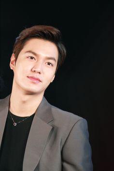 Park Shin Hye, Asian Actors, Korean Actors, Korean Dramas, Korean Celebrities, Celebs, Lee Min Ho Kdrama, Lee Minh Ho, Hot Korean Guys