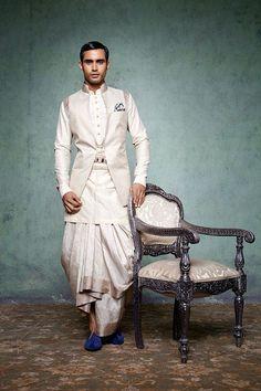 Groom Wear at Tarun Tahiliani Couture Exposition 2013 Wedding Dresses Men Indian, Groom Wedding Dress, Wedding Men, Indian Dresses, Indian Weddings, Trendy Wedding, Bride Groom, Groom Dress, Farm Wedding
