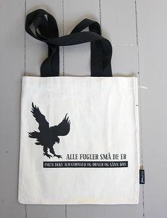 Alle fugler små de er … Reusable Tote Bags