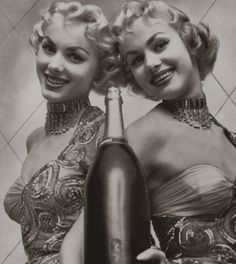 The Kessler Twins, 1954    #Vintage #Twins
