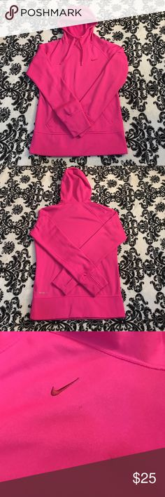 Nike therma fit hoodie Bright pink Nike therma fit! So cute on, no rips the only little stain is under the Nike sign but it's really not even noticeable when on! Nike Sweaters