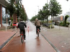 Filtered permeability (i.e. a road blocked to through traffic, except bicycles) in Westerdock, Amsterdam, NL. Click image for details via Cycling Embassy GB & visit the slowottawa.ca boards >> http://www.pinterest.com/slowottawa/