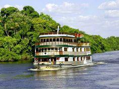 Navegando no rio Amazonas