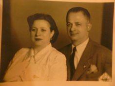 Όπως φαίνεται και στη φωτογραφία οι παππούδες μου πήραν μαζί τους τη δίψα τους για ζωή, το πείσμα τους και το χαμόγελό τους.