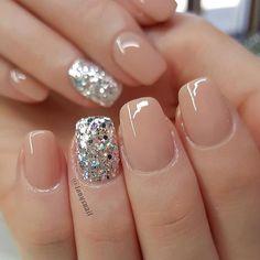 Pretty nails, cute simple nails, shellac nails, nude nails, neutral g Perfect Nails, Gorgeous Nails, Love Nails, Fun Nails, Pretty Nails, Cute Acrylic Nails, Acrylic Nail Designs, Nail Art Designs, Shellac Nails