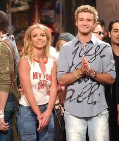 Britney Spears and Justin Timberlake Britney Spears 2000, 2000s Pop, Britney Jean, Famous Couples, 90s Nostalgia, Queen B, Justin Timberlake, Celebs, Celebrities