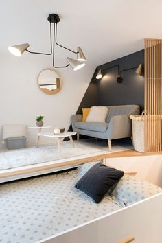 37 Elegant Renovation Design Ideas For Studio Apartment – shedstudio Tiny Apartments, Tiny Spaces, Appartement Design Studio, Studio Apartment Layout, Modern Studio Apartment Ideas, Design Apartment, Hidden Bed, Home Design, Design Ideas