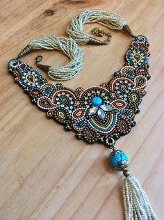 Collar bordado con borla collar de abalorios por perlinibella