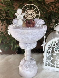 Communion Centerpieces, Baptism Gifts, Bridal Shower Decorations, First Communion, Diy Art, Punch Bowls, Eclairs, Candles, Panda