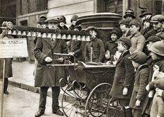 A Bell Busker London 1926-1927.