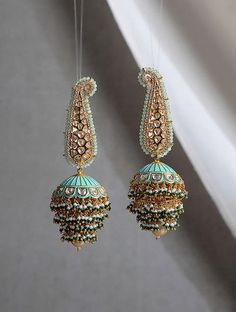 Turquoise Kundan and Pearl work Handpainted Meenakari Jhumka Earrings \ Indian Jhumka Earrings \ Mee Indian Bridal Jewelry Sets, Indian Jewelry Earrings, Jewelry Design Earrings, Gold Earrings Designs, Ear Jewelry, Jhumka Designs, Gold Jhumka Earrings, Amber Earrings, Wedding Jewelry Sets