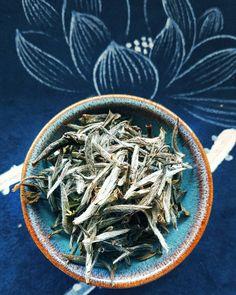 Is this Bai Hao Yin Zhen or Bai Mu Dan? . #whitetea #baicha #中国茶 #茶 #baihaoyinzhen #baimudan #silverneedle #teaoftheday #tealeaf #teacup #tealover #gongfutea #chinesetea #tealovers #teaaddict #teaholic #tealife #gaiwan #zhentea #teagram #白茶 Chinese Tea, Teacup, Ethnic Recipes, Food, Tea Cup, Essen, Tea Cups, Meals, Yemek