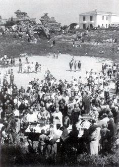 Celebrazione eucaristica all'interno dell'Arena (15 maggio 1959) [foto Archivio Pilone]