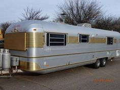 1982 Silver Streak 35 $7500 oh lord if only i could get over there what a gem an a cheap home