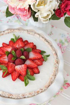 Raw Coconut Cream Pie n Berries A Valentines Treat!