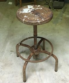 Found this wonderful old stool for $5 at a farmers estate sale - and it's completely functional!