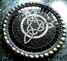 Celtic candledish