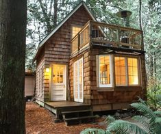 Small house design ideas tiny house movement small cabins ideas with designs like a pile of brick wall great small home office design ideas pictures Tiny Cabins, Cabins And Cottages, Tiny Cabin Plans, Small Cottages, Log Cabins, Rustic Cabins, Small Cottage Plans, Cottage Ideas, Beach Cottages