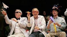 """Απονεμήθηκαν τα """"Νόμπελ του τρελού επιστήμονα"""" - Δείτε τις πιο """"εξωφρενικές"""" επιστημονικές έρευνες"""