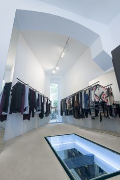 We are proud to be featured on We Are The Market.   http://capsuleshow.com/wearethemarket/temporary-showroom-expands/