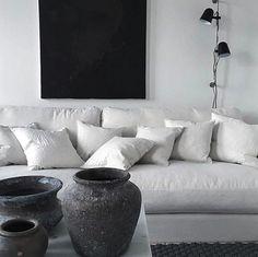 Vit Valen XL 100% linne. Avtagbar klädsel, dun, rymlig, djup, låg, soffa, vardagsrum, möbel, möbler, inredning.