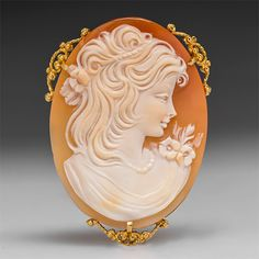 Have one to sell? Sell it yourself  Hand Carved Shell Cameo Pendant w/ Brooch Pin Solid 14K Gold Fine Estate Jewelry