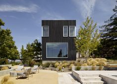Located high above Silicon Valley, this house refurbishment and addition was inspired by natural images and textures taken from the site: boulders, bark and leaves. The two story addition in clad in traditional Shou Sugi Ban, a charred and burnt wood siding that has helps to anchor the site into its natural surroundings. The distinctive …