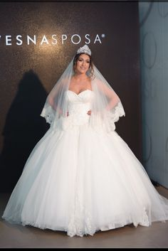 One of the best blogger wear VesnaSPOSA wedding gown DANDELLION COLLECTION Hana Hadziavdagic Hana, Wedding Gowns, Formal Dresses, How To Wear, Collection, Fashion, Wedding Frocks, Moda, Bridal Gowns