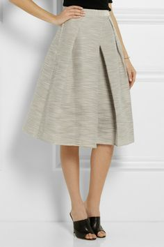 @tibipr does the best skirts