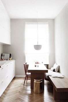 Earthly and Ethereal: An Apartment Makeover by Studio Oink - Remodelista : Customized Ikea kitchen in a luxe-minimalist apartment remodel by Studio Oink in Mainz, Germany / Remodelista Minimalist Apartment, Minimalist Kitchen, Kitchen Modern, Modern Minimalist, Contemporary Kitchens, Minimalist House, Minimalist Interior, Minimalist Design, Apartment Kitchen