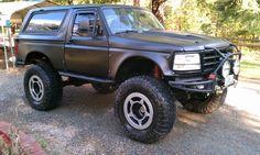 Built 1996 Ford Bronco - The Black Pearl - 408 stroker, atlas, spyderlocks, ProRock - : and Off-Road Forum 1979 Ford Bronco, Bronco 2, Bronco Truck, Ford 4x4, Ford Trucks, Pickup Trucks, Drift Trike, Ford Raptor, Street Rods