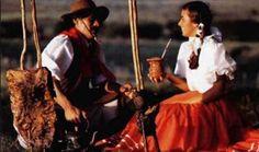 O churrasco com chimarrão é tradição no Rio Grande do Sul.
