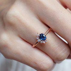 Garnet Birthstone Rings, Garnet Ring Gold, Garnet Wedding Rings, White Topaz Rings, Blue Sapphire Rings, Gold Diamond Rings, Gemstone Rings, Gold Rings, Vintage Gold Engagement Rings