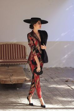 Outfits With Hats, Casual Outfits, Fashion Outfits, Love Fashion, Womens Fashion, Fashion Design, Look Formal, Fancy Hats, Professional Outfits