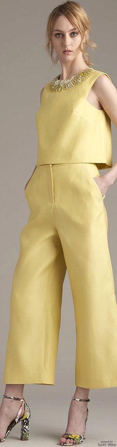 Dress 4 Success! Vanillegelb (Farbpassnummer 13) Kerstin Tomancok / Farb-, Typ-, Stil & Imageberatung