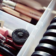 4-ideias-para-organizar-as-maquiagens