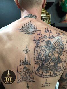 Done traditional thai sak yant tattoo by Tanadol(www.bt-tattoo.com) #bttattoo #bttattoothailand #sakyant #thaibamboo #thaibambootattoo #bangkoktattoo #bangkoktattooshop #bangkoktattoostudio #thailandtattoo #thailandtattooshop