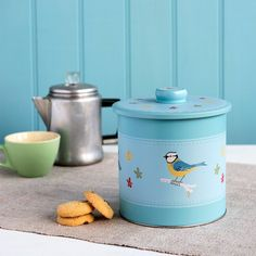 Blue Tit Biscuit Tin
