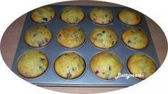 Erdei gyümis, írós muffin | Betty hobbi konyhája Muffin, Breakfast, Food, Morning Coffee, Essen, Muffins, Meals, Cupcakes, Yemek