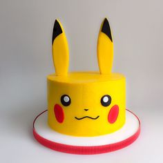 Cake decorating Gear: whenever you're decorating for birthdays and the holidays, you do not require each cake decorating tool on the market, however, you need a few fundamentals. Listed here are essential for cake decorating. Pokemon Birthday Cake, 8th Birthday Cake, Cool Birthday Cakes, Birthday Ideas, Bolo Pikachu, Pikachu Cake, Pokemon Torte, Pokemon Cakes, Cakes For Boys