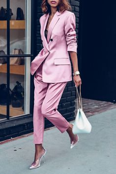 Love the satin pink. The suit is by ALC paired with Volon white bucket bag and Stella McCartney pvc transparent pumps How to Wear a Pink SuitOn Trend: Houndstooth Street Style Looks to Copy Now Summer Work Outfits, Office Outfits, Chic Outfits, Fashion Outfits, Womens Fashion, Fashion Trends, Style Fashion, Woman Outfits, Pink Blazer Outfits