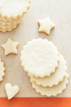 If you're looking for the best Cut Out Cookies Recipe for decorating, this is the one. The dough is simple to make, and won't spread during baking. Christmas Cutout Cookie Recipe, Sugar Cookie Cutout Recipe, Cut Out Cookie Recipe, Easy Sugar Cookies, Christmas Sugar Cookies, Sugar Cookies Recipe, Easy Cookie Recipes, Best Tasting Sugar Cookie Recipe, Christmas Treats