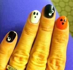 Simple but adorable halloween nails