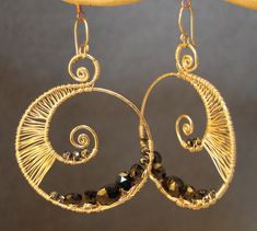 Luxe Bijoux 74 Hammered swirls wrapped with black spinel