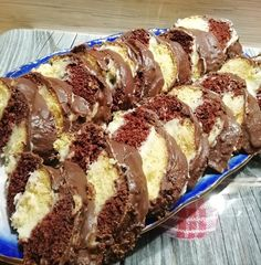 Ennél finomabb édességet el se tudok képzelni, élmény minden falat! Hungarian Desserts, Hungarian Recipes, Banana Bread, Food To Make, Biscuits, Food And Drink, Cooking Recipes, Cookies, Baking