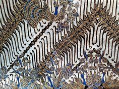 Motif Batik Klasik Untuk Kecerdasan - Eza Batik Batik Art, Animal Print Rug, Design Art, Animals, Decor, Style, Swag, Animales, Decoration