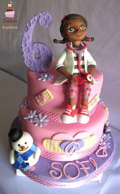 Torta Doctora Juguetes #TortaDoctoraJuguetes #TortasDecoradas #DulcesKaprichos