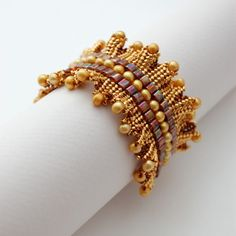 Fringed Herringbone beaded cuff bracelet by shilabead Seed Bead Jewelry, Seed Bead Earrings, Beaded Earrings, Beaded Jewelry, Diy Jewelry, Handmade Bracelets, Handcrafted Jewelry, Beaded Cuff Bracelet, Bracelet Tutorial