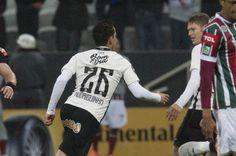 Rodriguinho fez o gol da vitória do Corinthians contra o Fluminense